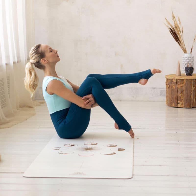 Коврик для йоги SUN&MOON GOLD 4 мм 68х185 см ART yogamatic из каучука c покрытием non-slip (под заказ)